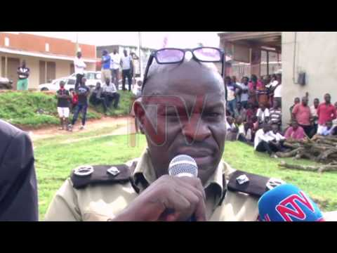 Policeman arrested for shooting two people in Kakumiro