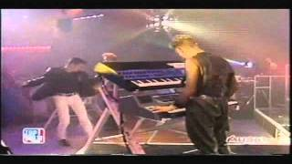 Depeche Mode - A Question Of Time (Top Of The Pops BBC UK 21.08.1986)