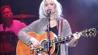 [50 fps] Red dirt girl — Emmylou Harris & Mark Knopfler — 2006 Verona — FM audio