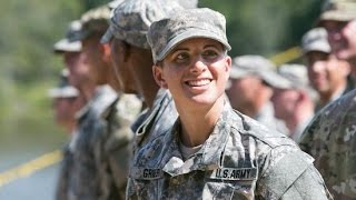 The Army's First Female Infantry Officer Just Made History, Is a Badass
