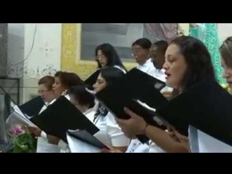 1º VIDEO DE 05 - ENTRADA /COROAÇÃO DIA DAS MÃES - BIAS FORTES 2004