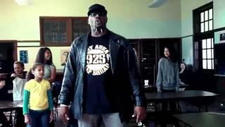 Americký rapper Chill E.B. - Y´all Busted - MÁME VÁS (titulky zapnite kliknutím na CC)