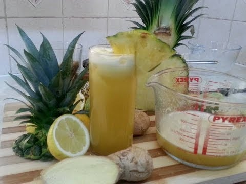 Video Pineapple Juice With Ginger, Lime And Honey Served With Ice