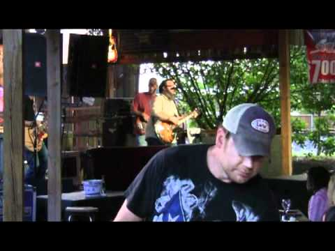 "Lost Immigrants - ""Straight to the Grave"", Live at Love and War in Texas, Plano - 16-Jun-2012"
