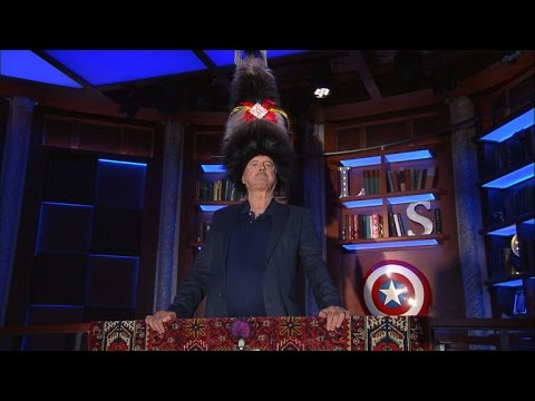John Cleese u Stephena Colberta