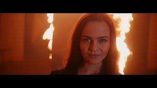 Video Bikkinyshop - Fox in a mask (official music video)