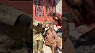 Sculpture Performer ,  Sculpture Asia Play with Cute Girl Funny Part 30
