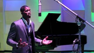 """Whitney Houston """"I look To you"""" The best Tribute, by Terrell Carter"""