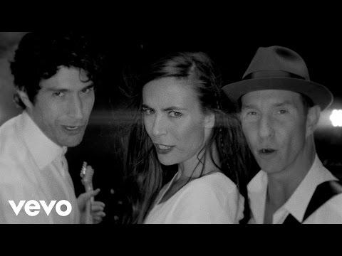Sasha, Benny y Erik - Esta Noche (Video Oficial)