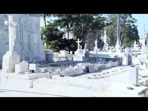 Cemetery Cementerio de Cristóbal Colón in Havana