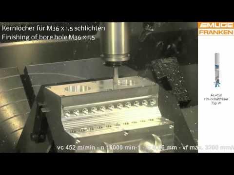 Bearbeitung eines Aluminium-Motorblock-Modells auf der AMB 2012