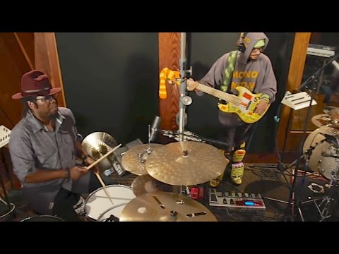 Ghost Note feat. Robert Sput Searight & Nate Werth Video