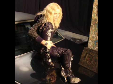 Madonna 4 Minutes Instrumental Version HQ