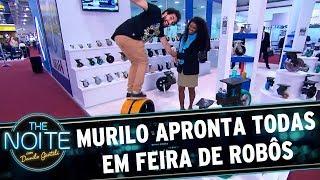 Murilo Couto apronta todas em feira de robôs | The Noite (07/07/17)