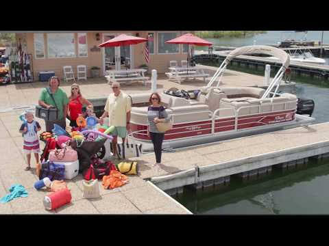 Sun Tracker Fishin' Barge 24 DLX video