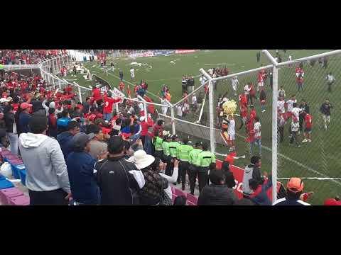 """""""Cienciano Campeón Liga 2 - 2019 - La celebración"""" Barra: Fvria Roja • Club: Cienciano"""