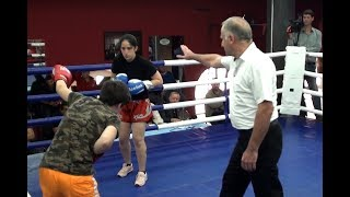 Девушка красиво вырубила/The girl beautifully cut down.boxing.გოგონების ჩხუბი