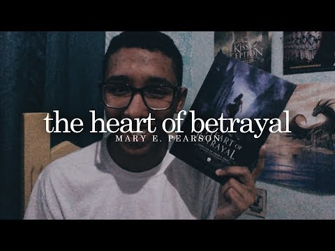 The Heart of Betrayal, da Mary E. Pearson | Um Bookaholic