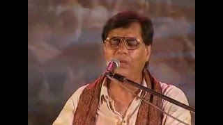 Best of Jagjit Singh Live- Kaun Aayega Yahan Koi   - YouTube