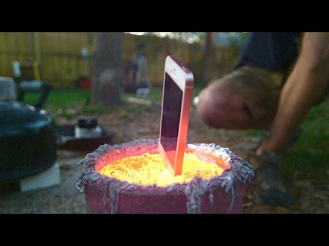 Dropping An iPhone Into Molten Aluminium Is Undeniably Beautiful