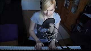 Architects - Gravedigger Cover (Piano+Vocal by Lea Moonchild)
