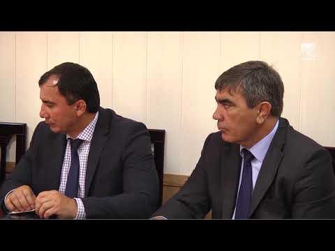 Рашид Темрезов провел личный прием граждан в приемной Президента РФ Владимира Путина в КЧР