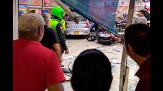 Carro Acabó Dentro De Un Supermercado En Cali Tras Aparatoso Accidente