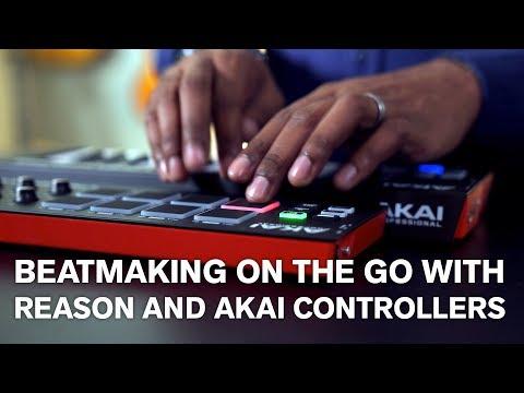 AKAI MPK MINI MK2 25-KEY CONTROLLER KEYBOARD W MPC® PADS