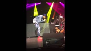 August Alsina performing Porn Star