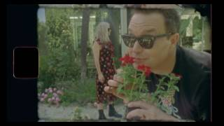 Blink-182 - Home Is Such A Lonely Place [MUSIC VIDEO]