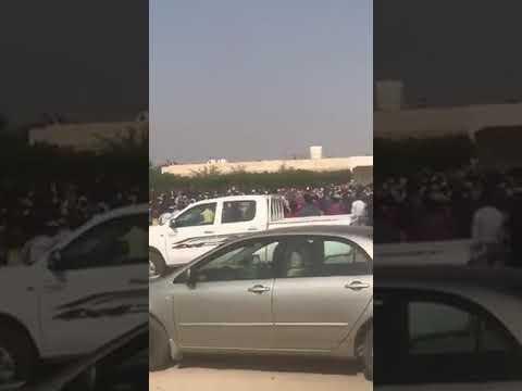 بالفيديو .. ازدحام وعدم التزام بالتباعد أمام مركز التطعيم بوفرة الكويت