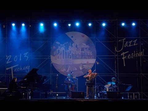 Pendulum performed by Richie Beirach Quartet