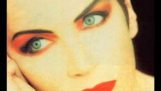 Annie Lennox A Thin Line Between Love And Hate 1995