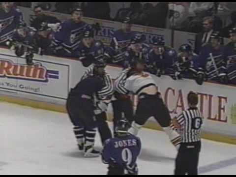 Shawn Antoski vs. Kevin Kaminski