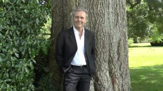 Anthony Head relève l'ALS Ice Bucket Challence (27.08.2014)