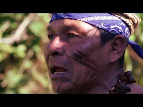 TdeA Analiza - Karmata Rúa una historia en dos lenguas