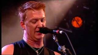 [02] THEM CROOKED VULTURES - Dead End Friends live @ Reading 2009  HQ 16 9.flv