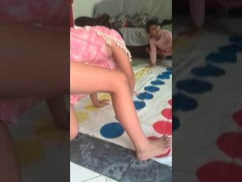 Jugando Twister