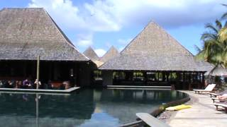 preview picture of video 'Mauritius Luxus Hotel Heritage Awali Golf & Spa Golfhotel 2 Golfpätze Pool'