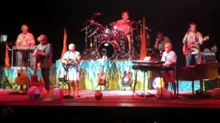 Swingin' Hula Girl - Jimmy Buffett @ Jiffy Lube Live 9/1/12