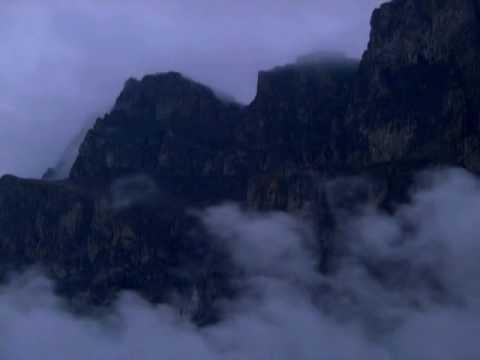 أواخر سورة | الحشر | للقارئ إبراهيم الجبرين .clouds