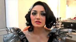 Gambar cover Karier Sukses, Siti Badriah Ingin Bahagiakan Orangtua