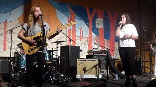Gambar cover Julien Baker & Lucy Dacus (Boygenius) - Bite The Hand @ End of the Road 2018