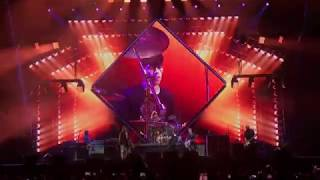 Foo Fighters - Under Pressure w/ Fan Lucas Benez on drums - Live Allianz Parque Sao Paulo 28 02 2018