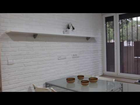 Instalación panel Ladrillo Rústico XL Blanco en una cocina