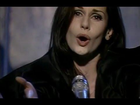 Emma Shapplin video Cuerpo sin alma - Piso CM 1999