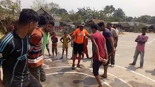 Awesome people cock fight game.মোরগ যুদ্ধ খেলা