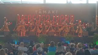 Poi by Te Wharekura o Rakaumangamanga at Tamaki Herenga Waka 2018 Festival