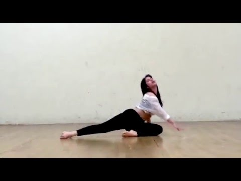 KAMLI-DHOOM 3 DANCE