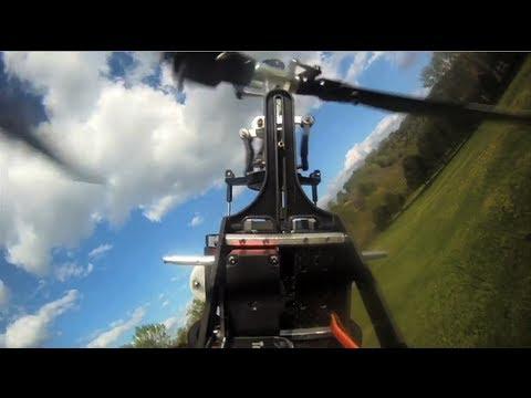 Fyzika helikoptér #3: Létání vzhůru nohama ve zpomaleném záběru
